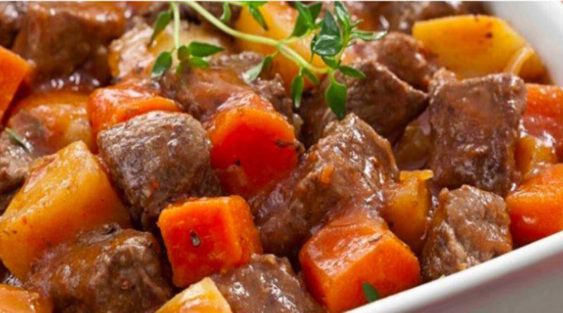 """Como fazer picadinho de carne com legumes """"comidinha caseira"""""""