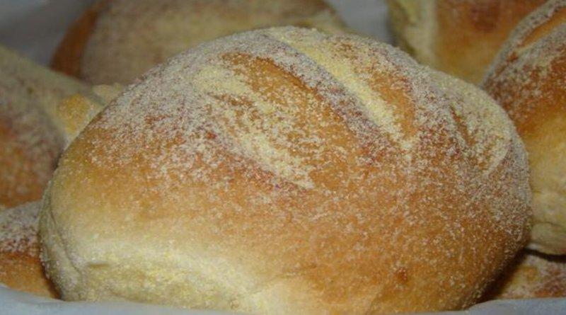 Receita de pão de milho caseiro