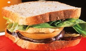 Sanduíche fácil natural vegetariano