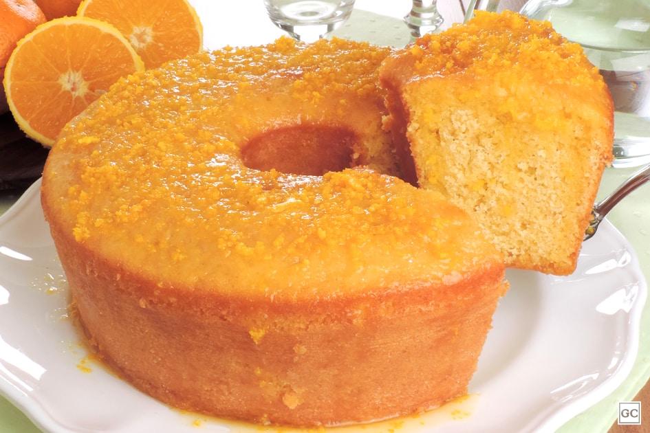 Receita de bolo de fubá com laranja caseiro fofinho