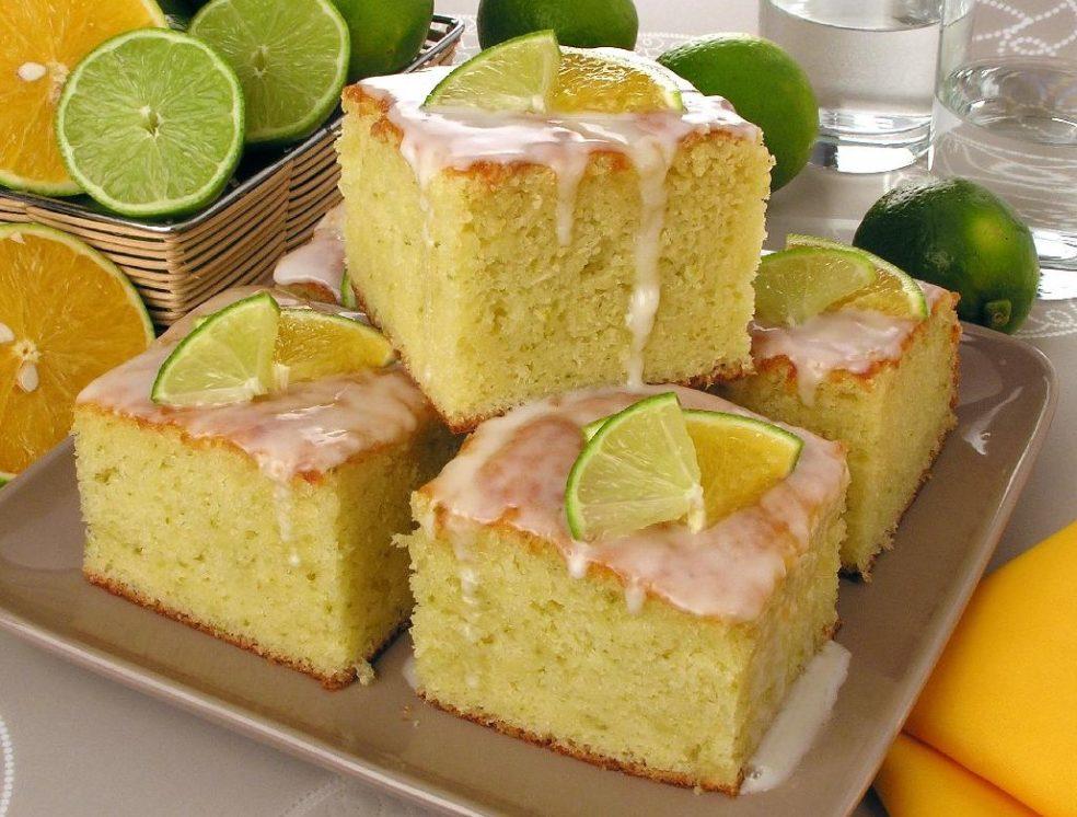Receita de bolo de laranja e limão fofinho e delicioso