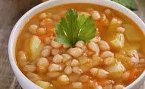 Receita de sopa de cenoura e feijão-manteiga