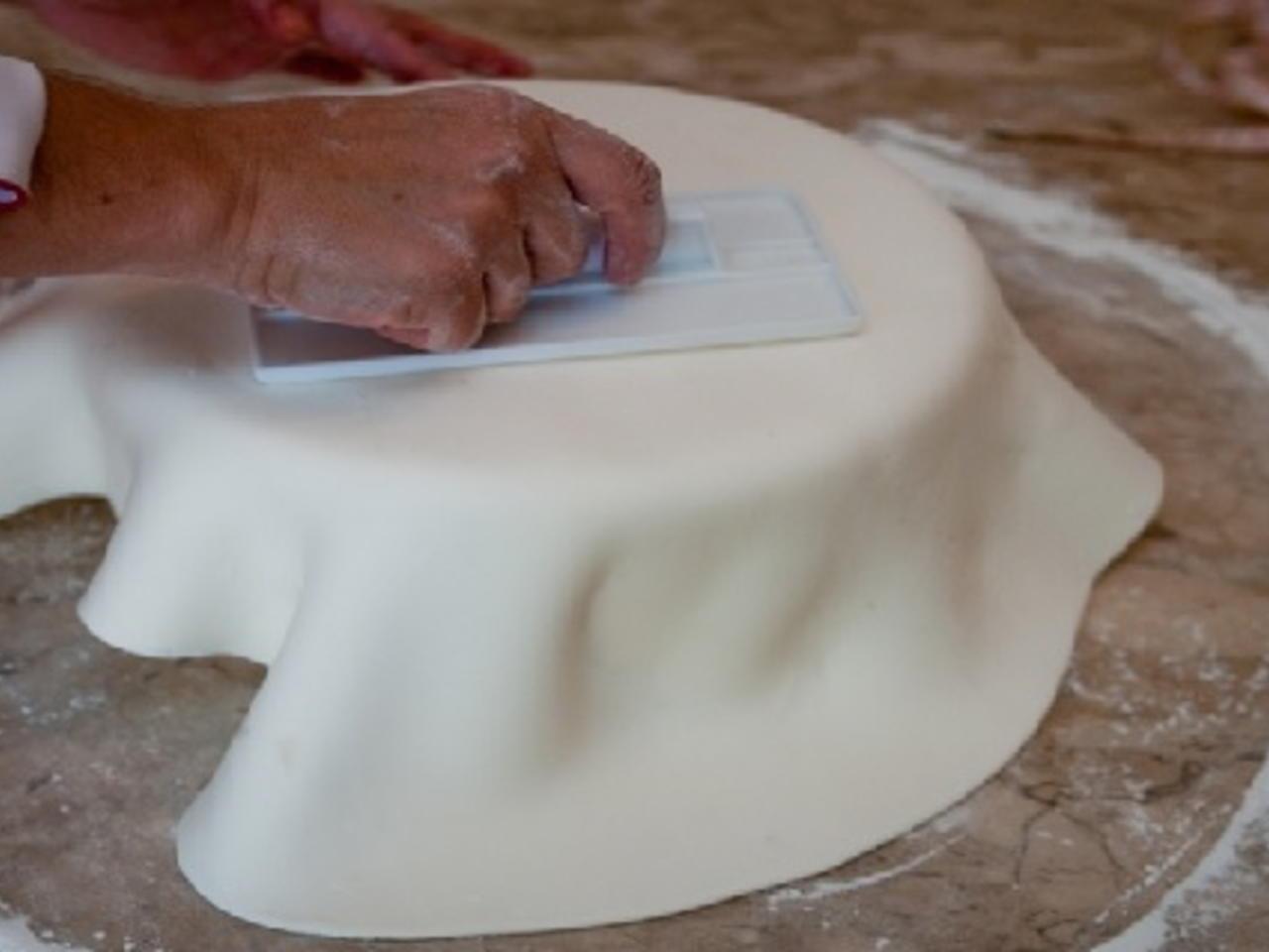 Receita de pasta de leite ninho para decorar bolos de festa