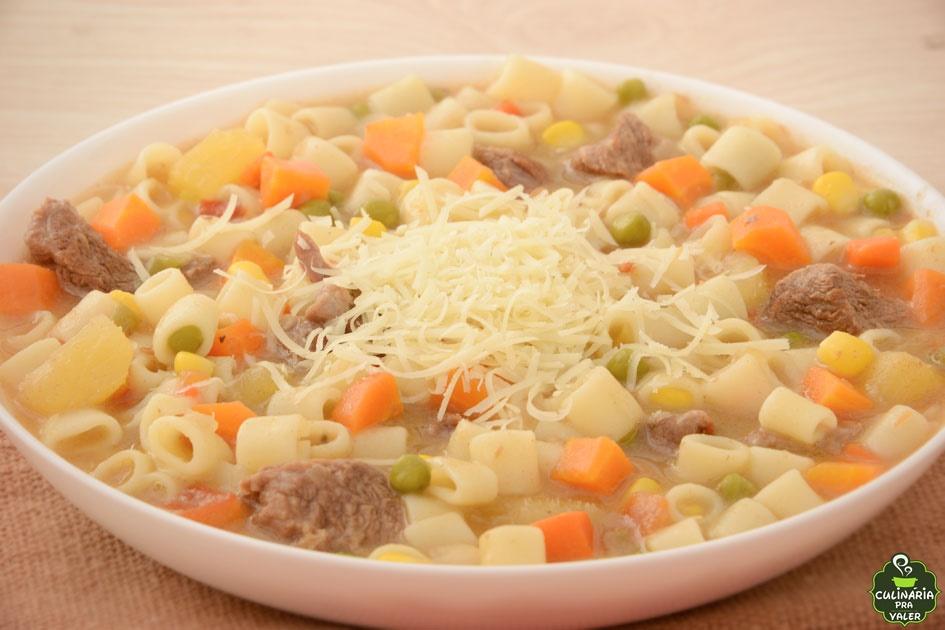 Sopa de carne com legumes especial