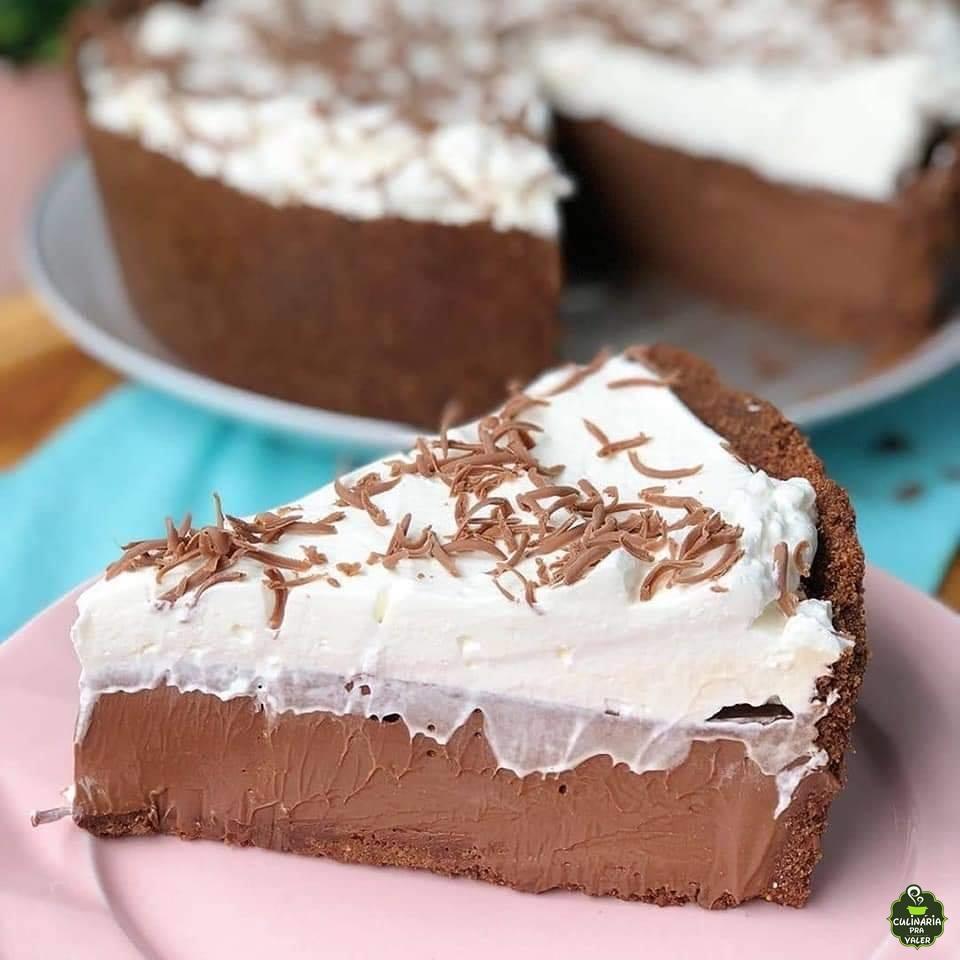 Torta de chocolate cremosa super saborosa