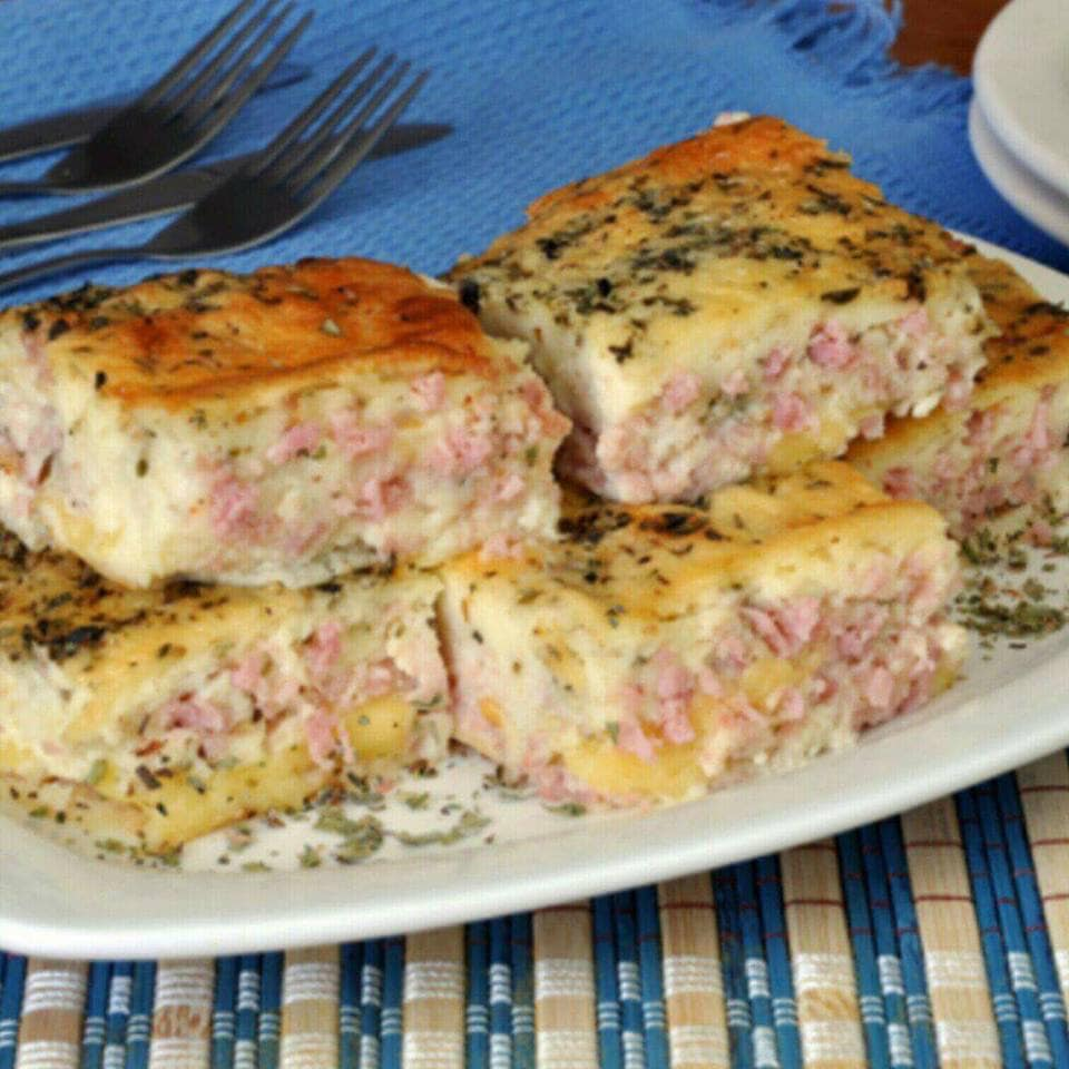 Torta de presunto e queijo de tirar o folego