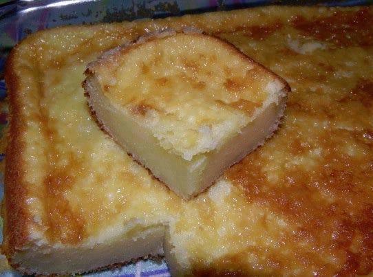 Bolo de queijo com coco mineiro que é uma delicia