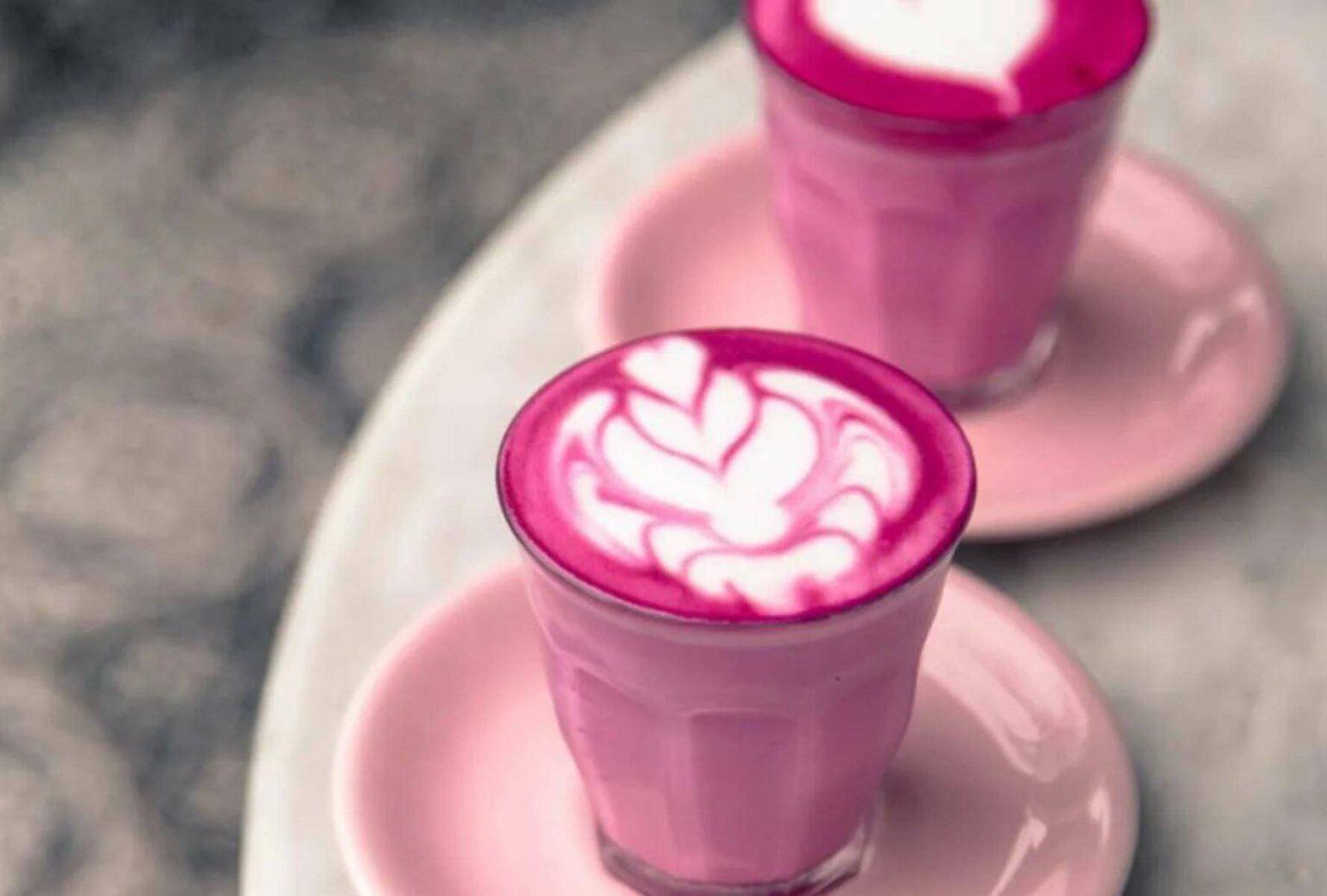 Café pink latte à base de beterraba sem açúcar e diurético e muito delicioso