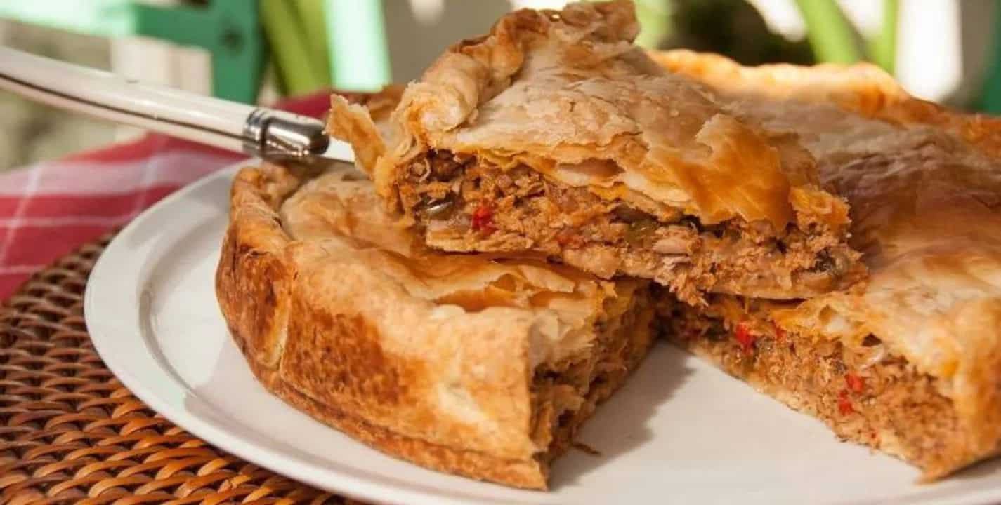 Empanada de frango galega muito fácil e saborosíssima