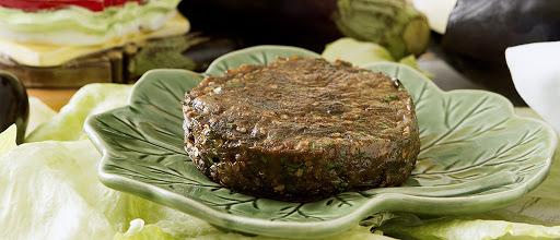 Hambúrguer de berinjela caseiro super saudável e fácil