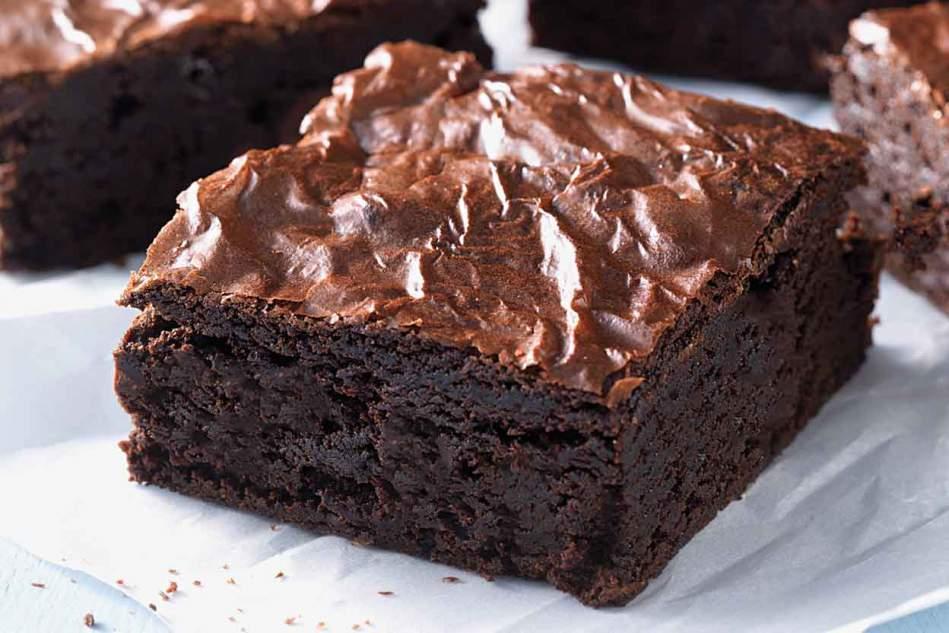Receita de Brownie simples e com casquinha